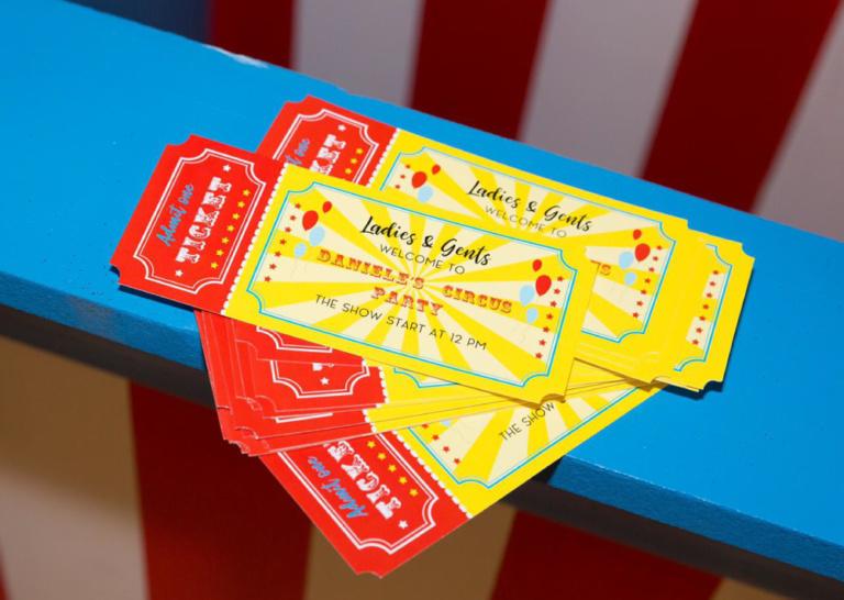 INVITI PERSONALIZZATI PER EVENTI compleanno grafica biglietto circo